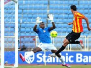 Moses Ocheje in action against Esperance in CAF