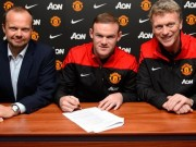 Rooney with Man United officials