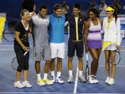 Federer with Serena and others at League tennis