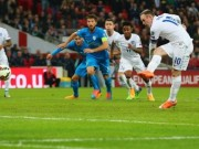 Rooney scores for England