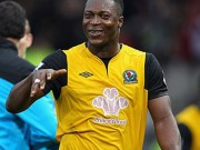 Yakubu joins Reading