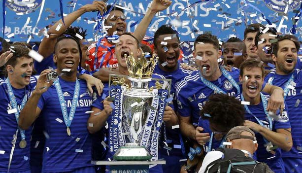 Chelsea beat Sunderland and are crowned champions