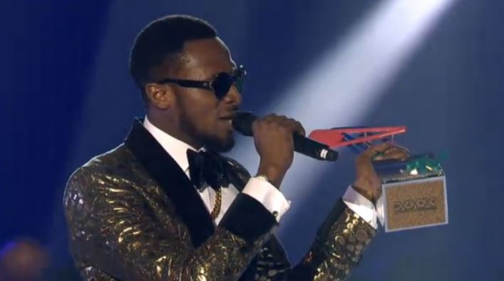 DBanj with MAMA award