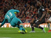 Cech saves Benteke s shot