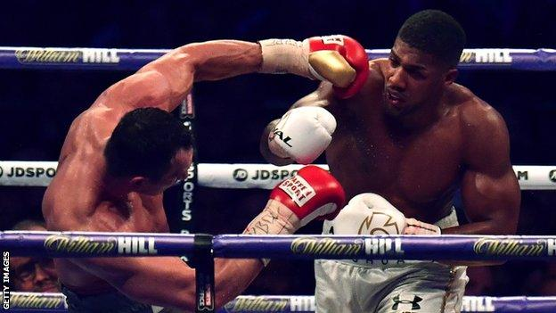 Joshua beats Klitschko in Wembley